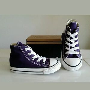 NEW BABY GIRL CONVERSE, Size 7 INFANT (14 cm) = 7c